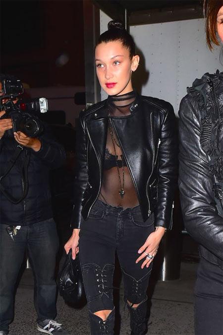 Белла Хадид носит куртку-косуху