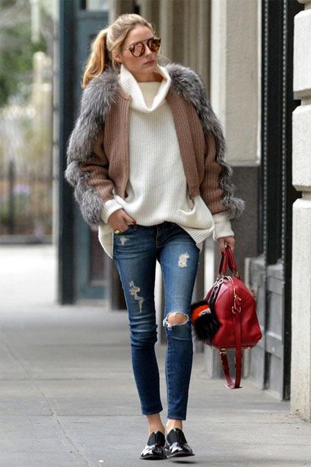 Джинсы и куртка с мехом на Оливии Палермо