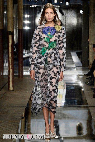Модное платье вена-лето 2014 с цветочным принтом от Christopher Cane