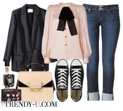 Черный пиджак в сочетании с джинсами и кедами