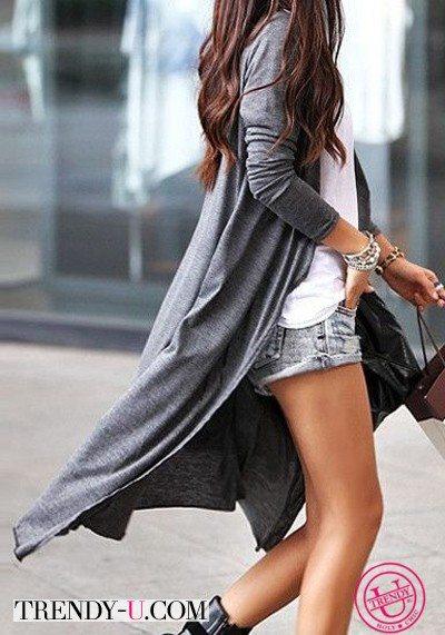 Серый длинный трикотажный кардиган и шорты