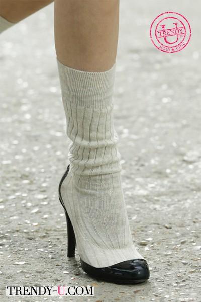 Туфли с носком надетые на носок