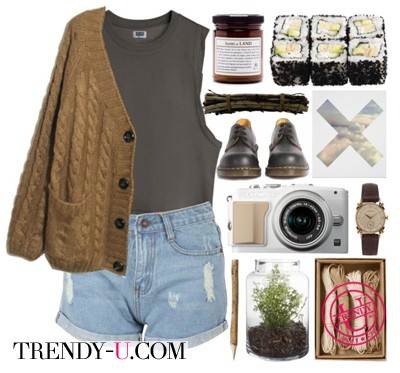 Вязаный коричневый кардиган с шортами и майкой