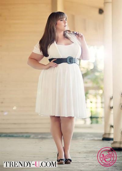 """Белое платье на девушке с фигурой """"яблоко"""""""