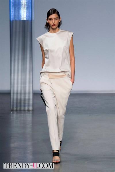 Костюм белого цвета 2014 Helmut Lang