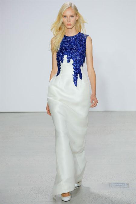 Двухцветное вечернее платье из коллекции Oscar de la Renta SS 2018
