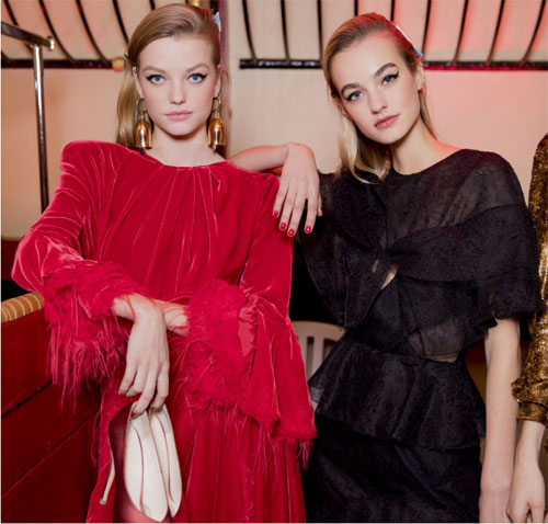 Как выбрать модное платье на выпускной 2019: правила стиля и тренды картинки