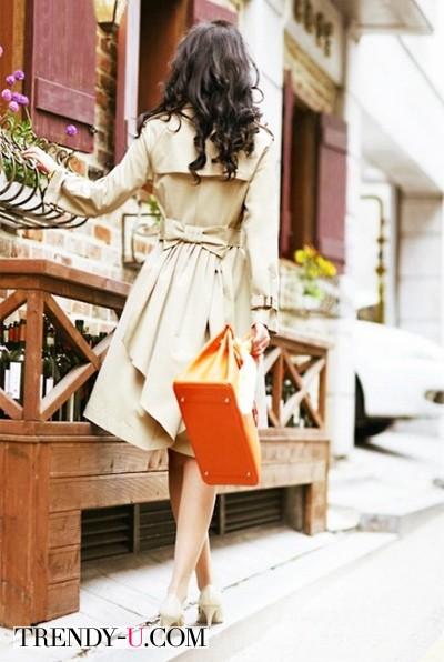 Сдержанный бежевый и сочный оранжевый
