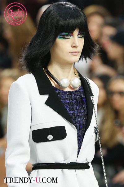 Украшения Chanel весна-лето 2014: колье