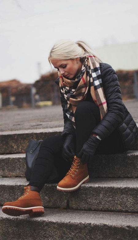 Тимберленды, куртка шарф: образ для осени или весны