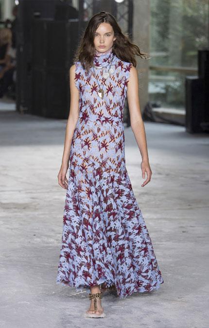 Платье на выпускной вечер с принтом Giambatista Valli SS 2018
