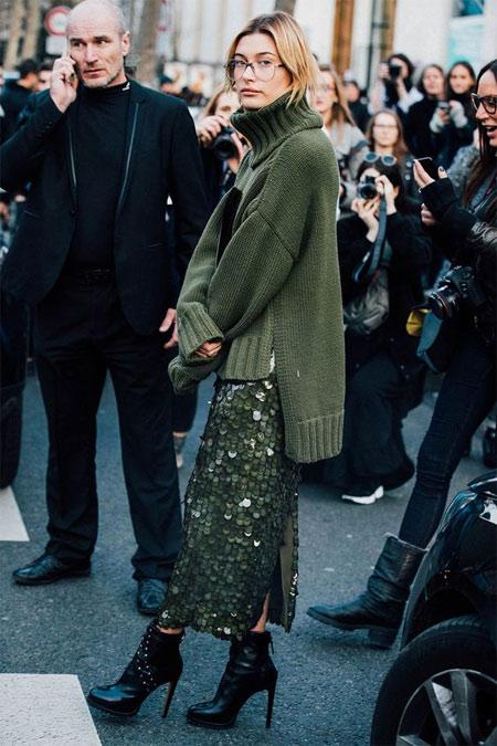 Зеленая юбка-карандаш с пайетками. London Fashion Week SS 2019