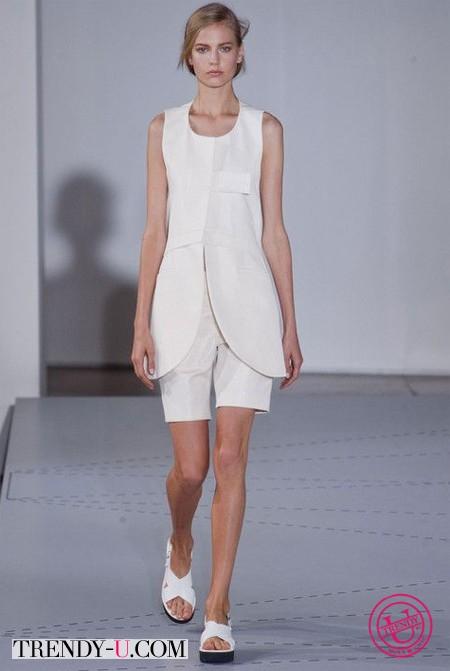 """Модная одежда для девушек с фигурой """"перевернутый треугольник"""""""