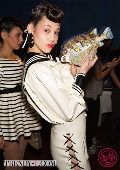 Клатч в виде рыбы от Olimpia le Tan весна-лето 2014