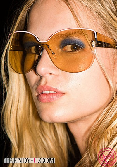 Очки с полупрозрачными стеклами от Mark by Mark Jacobs 2014