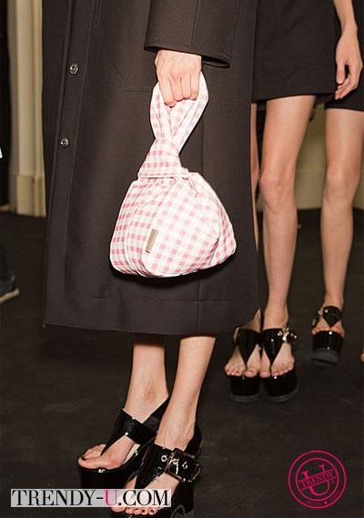 Миниатюрный рюкзачок от Carven 2014