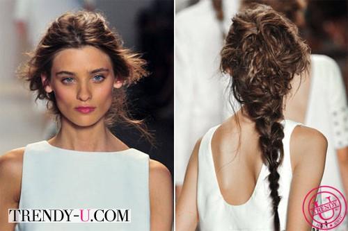 Стильные растрепанные косы на показе Rachel Zoe весна-лето 2014