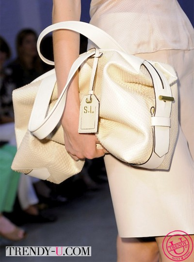Кожаная бежевая сумка для лета 2014