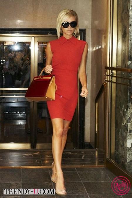 Звезды в красных платьях: Виктория Бекхэм