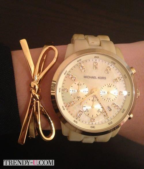 Часы и тонкий стильный браслет