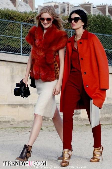 Уличные модницы в модных аутфитах