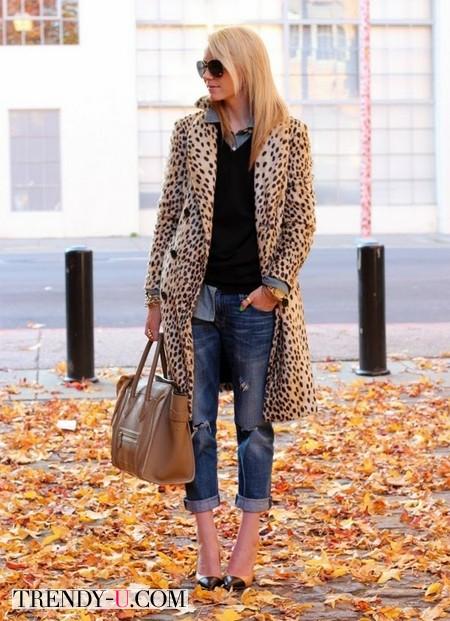 Укороченные джинсы и тренч