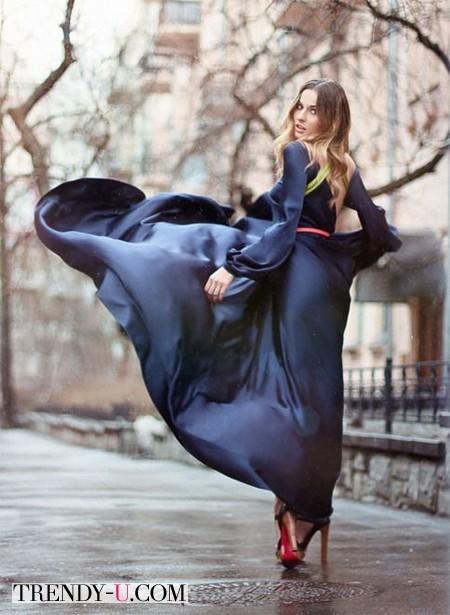 Темно-синее шелковое платье