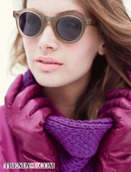 Дневной макияж к фиолетовому платью