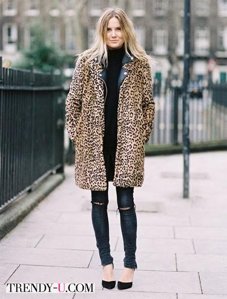 Шуба из леопарда и рваные джинсы