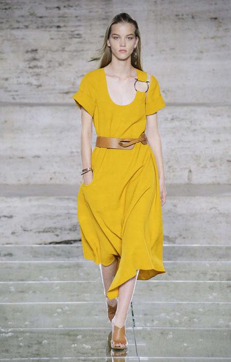 Желтое платье от Tibi осень-зима 2018-2019