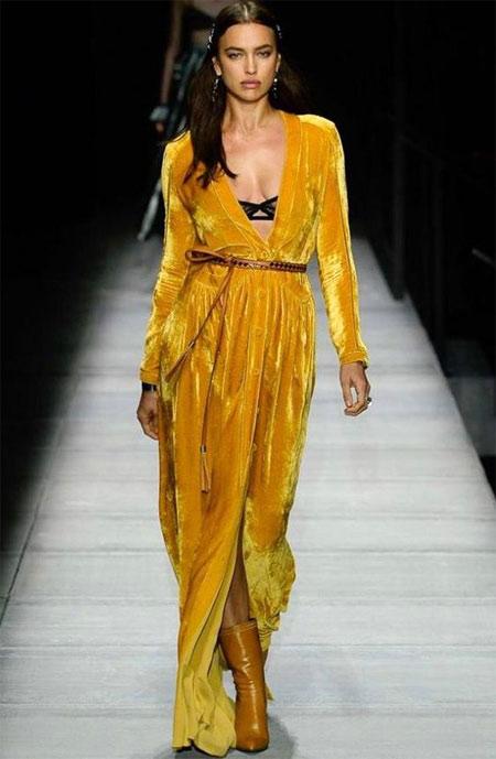 Бархатное желтое платье от Bottega Veneta осень-зима 2018-2019