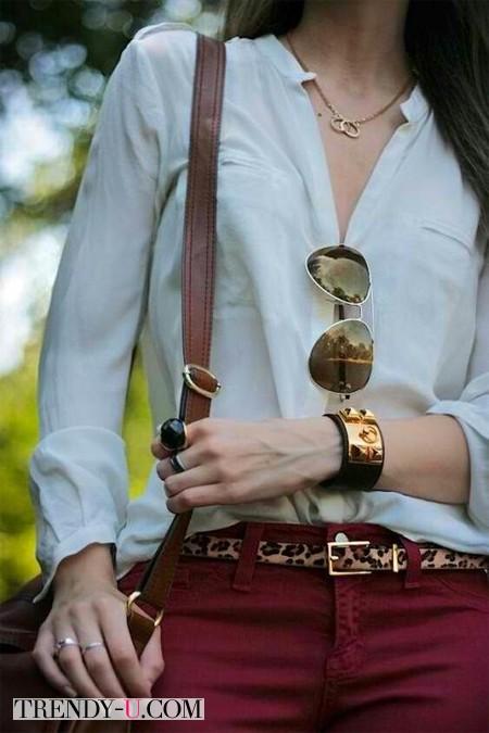 Аксессуары и украшения к красным брюкам