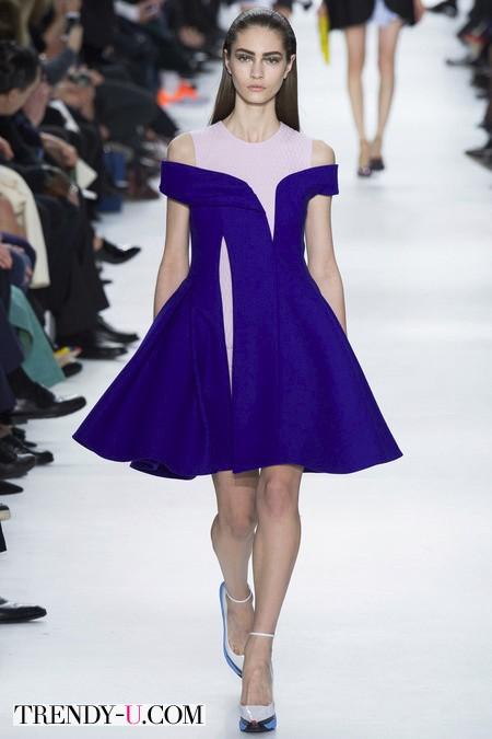 Коктейльное платье цвета ярко-кобальтового цвета Christian Dior осень-зима 2014-2015