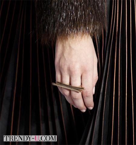 Стильное кольцо осень-зима 2014-2015 Salvatore Ferragamo
