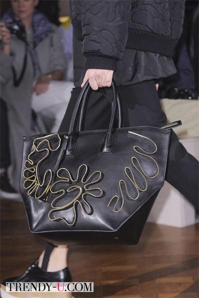 Модная сумка с декоративным элементом осень-зима 2014-2015