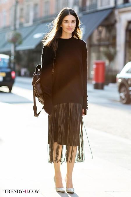 Стильная черная юбка с бахромой
