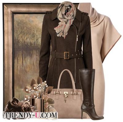 Бежевое платье и коричневое пальто