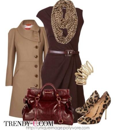 Коричневое платье и леопардовые аксессуары