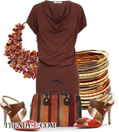 Летнее коричневое платье и аксессуары