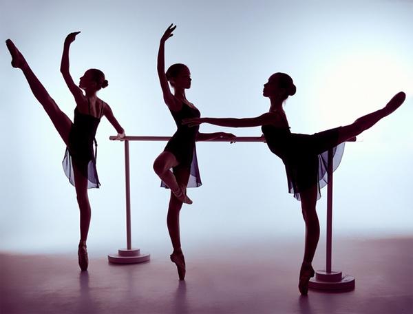 Хип-хоп, балет, индийские, классические, стрип - на ваш совместный выбор