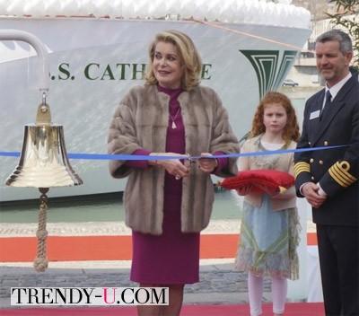 Катрен Денев на торжественном открытии чего-то там