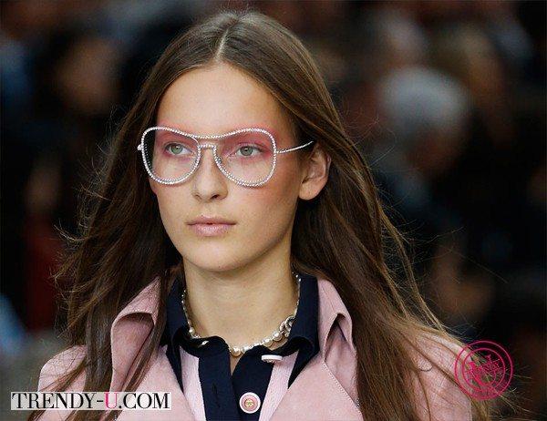Модная прическа весна-лето 2015 от Chanel