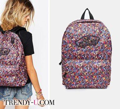 Стильный рюкзак с цветочным принтом