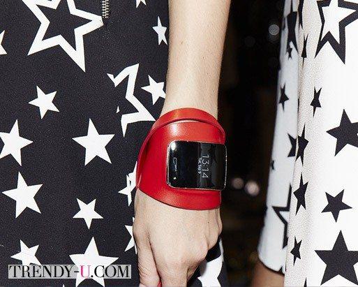 Часы Diesel Black Gold & Samsung Gear S весна-лето 2015