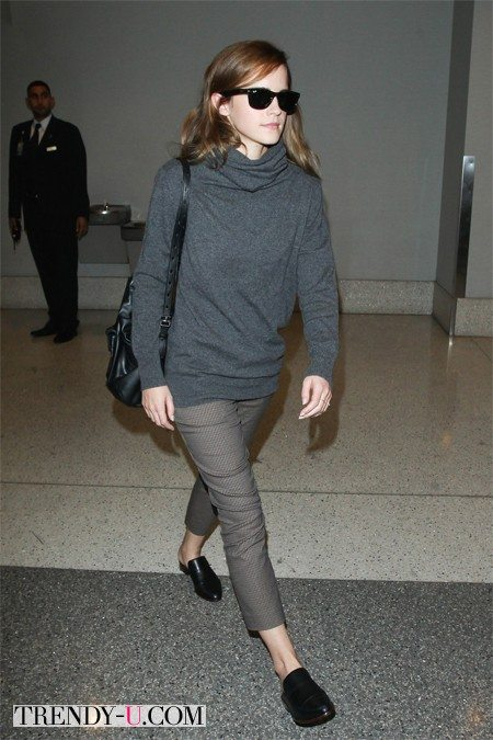Эмма Уотсон в аэропорту