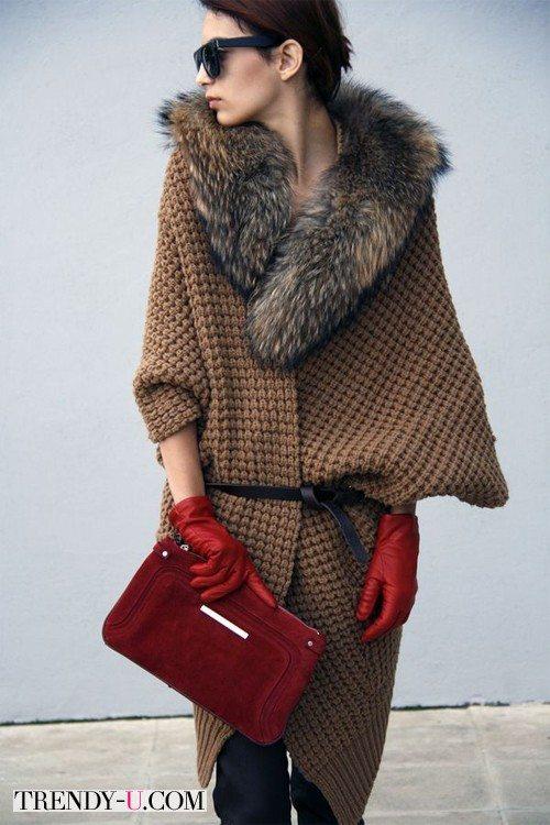 Вязаное коричневое пальто и аксессуары