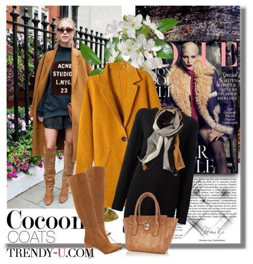 Пальто-кокон, свитшот и высокие сапоги