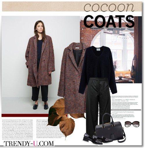 Пальто-кокон, черные брюки, водолазка и лоферы