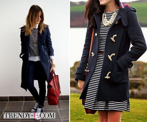 Синее пальто и тельняшка /платье-тельняшка