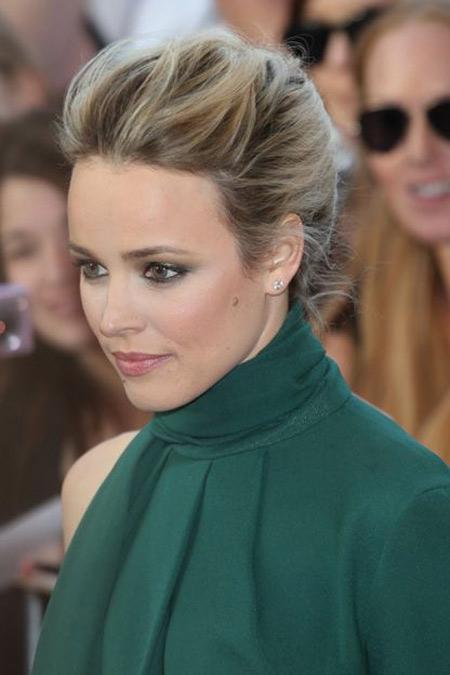 Зеленое платье и макияж к нему